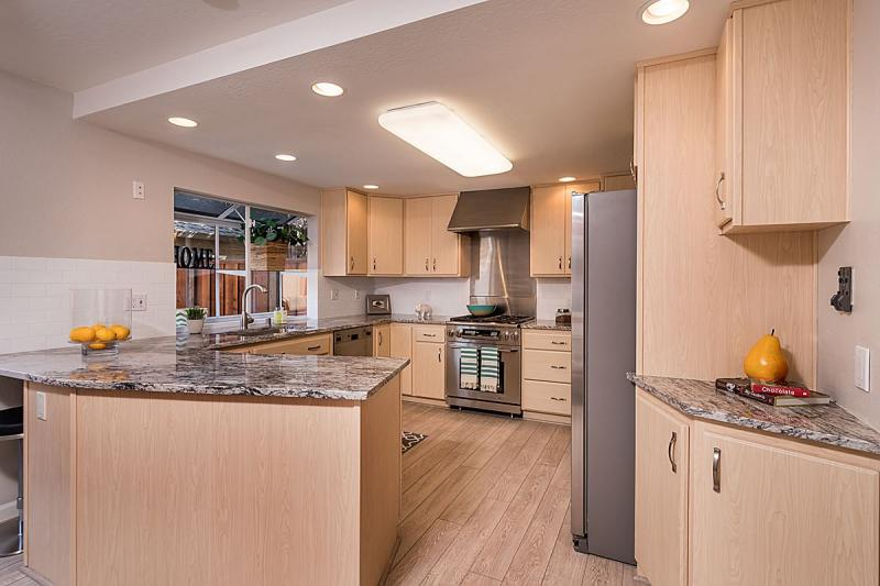 1545 Beach Park Blvd, Foster City #1