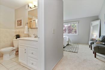 1094 Gull Ave, Foster City #23