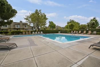 1094 Gull Ave, Foster City #37