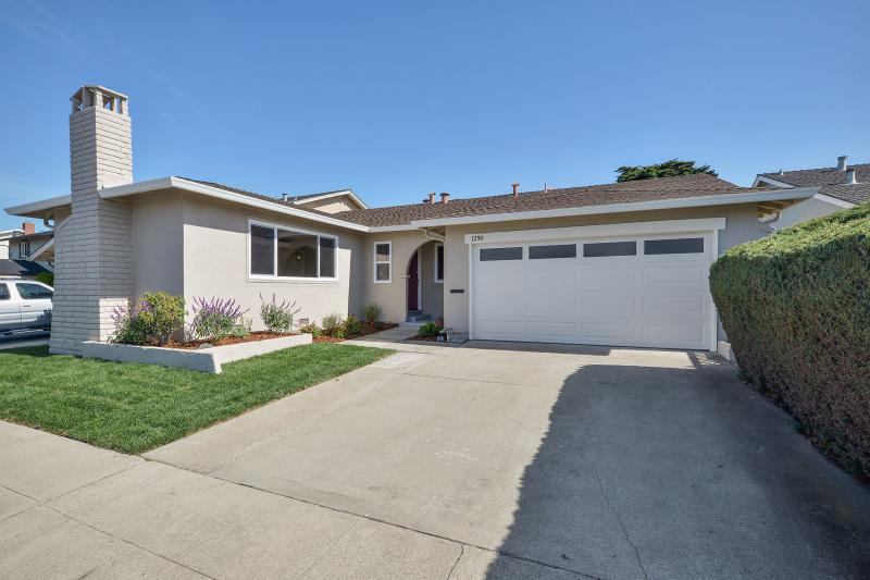 1290 Ribbon St, Foster City #1
