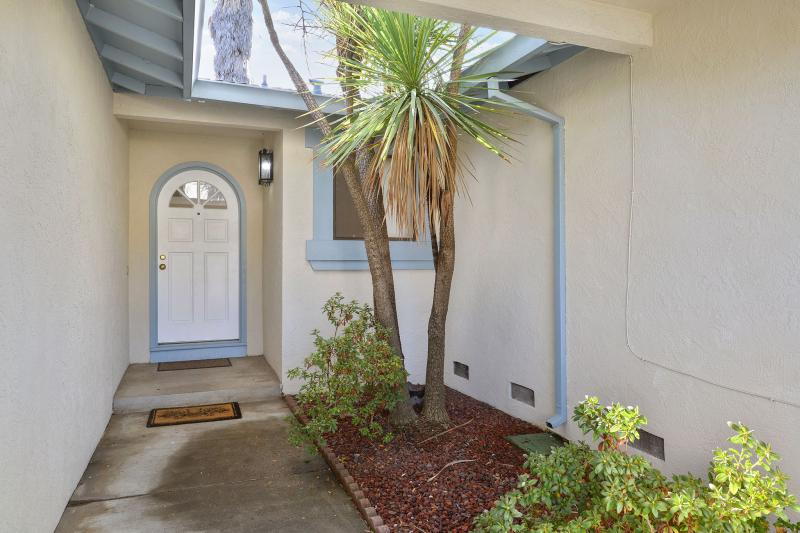728 Gull Ave, Foster City #1