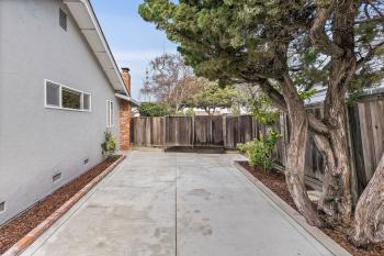 274 Curlew Ct, Foster City #62