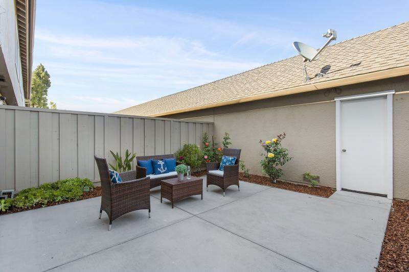 1529 Beach Park Blvd, Foster City #1