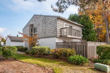 893 Erickson Ln, Foster City Photo