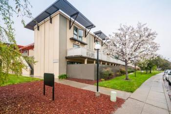 8216 Admiralty Ln, Foster City #14