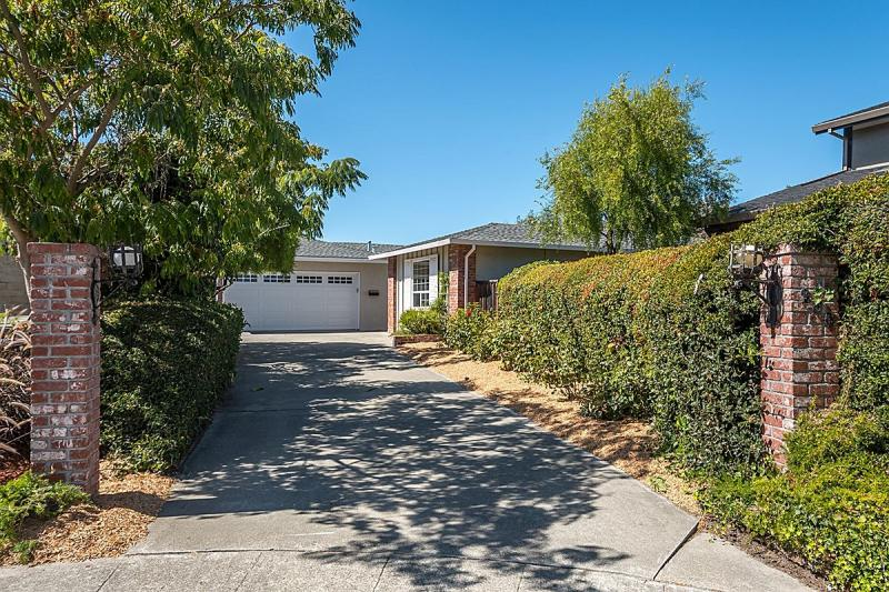 280 Loon Ct, Foster City #1